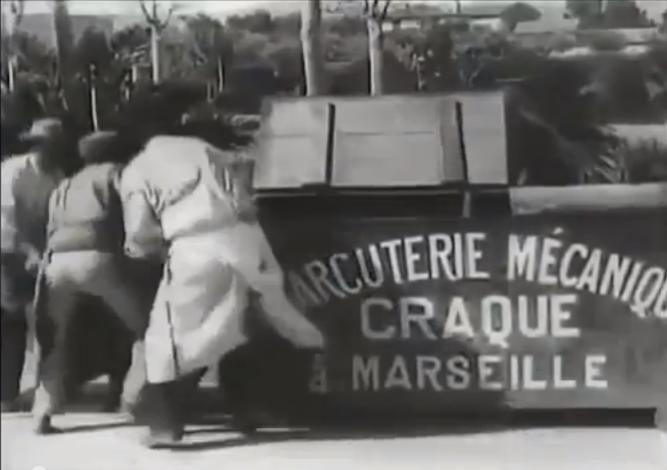 1895_Lumières_La_charcuterie_mécanique