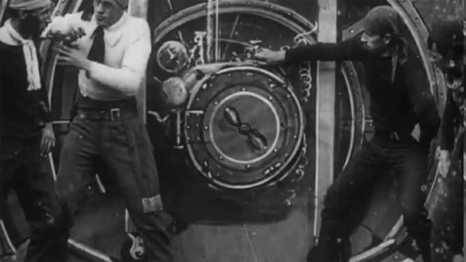 1910_aerial_submarine_001