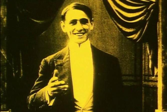 1913_extraordinary_adventures_farandola_004_marcel_perez