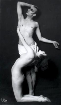 1920_algol_013_sebastian_droste_anita_berber