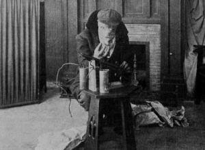 1914_exploits_of_elaine_006_sheldon_lewis