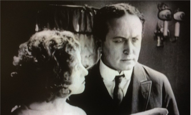 1922_man_from_beyond_012_jane_connelly_harry_houdini_1926