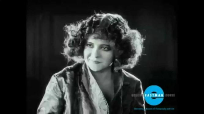 1923_black_oxen_009_clara_bow
