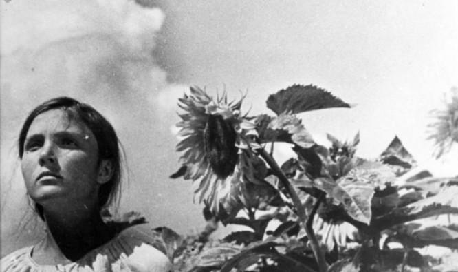 1924_aelita_028_yuliya_solntseva_earth_1930