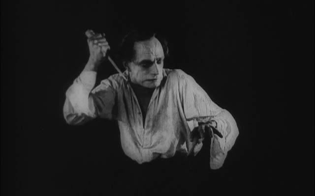 1924_hands_of_orlac_013_conrad_veidt