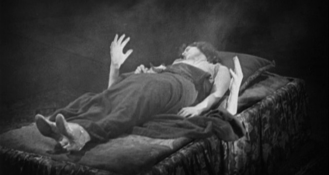 1925_monster_030_gertrude_olmstead