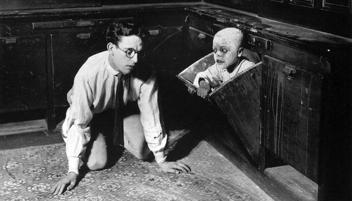 1925_the_monster_haunted_spooks_harold_lloyd_1920