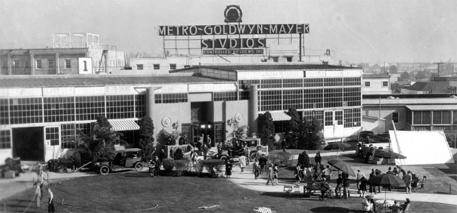1925_the_monster_mgm_studios_culver_city_cali