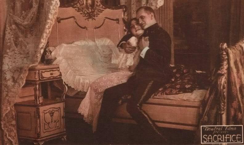 1918_alraune_44_rozsi_szollosi