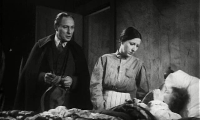1933_vampire_bat_015_lionel_atwill