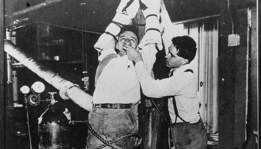 1935_life_returns_002 robert cornish
