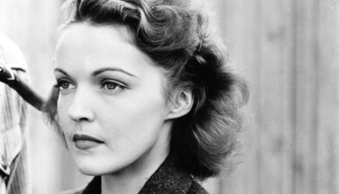 1940_sky_bandits_013 louise stanley