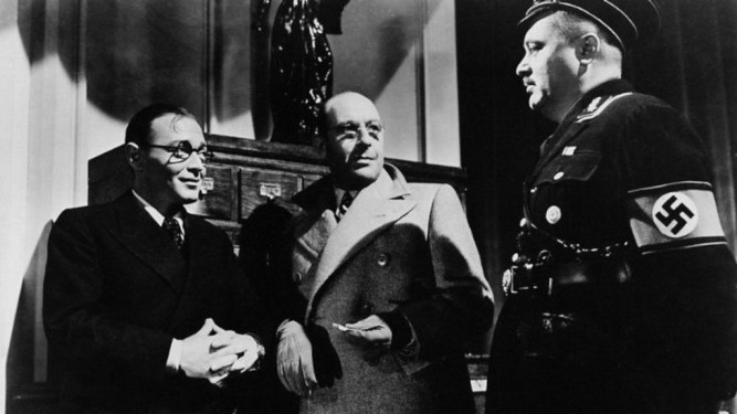 1942_invisible_agent_002 peter lorre cedric hardwicke j edgar bromberg