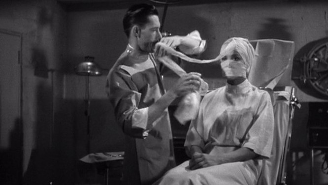 1943_captive_wild_woman_014 john carradine acquanetta