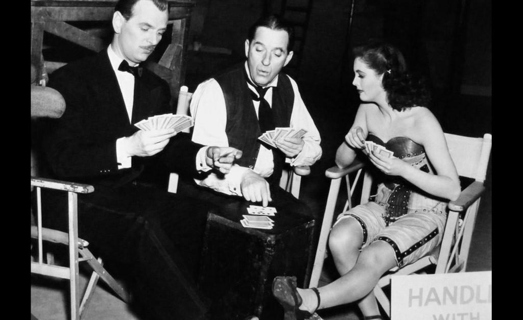 1949_perfect_woman_006 pamela devis stanley holloway nigel patrick