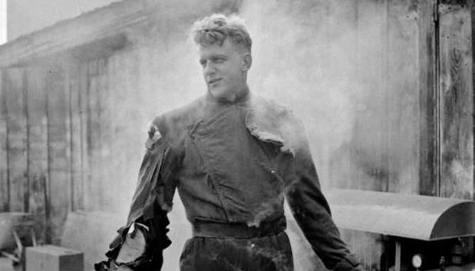 1951_thing_from_another_world_025 james arness
