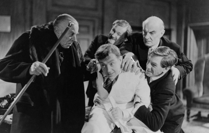 1951_man_in_white_suit_016 ernest thesiger alec guinness michael gough